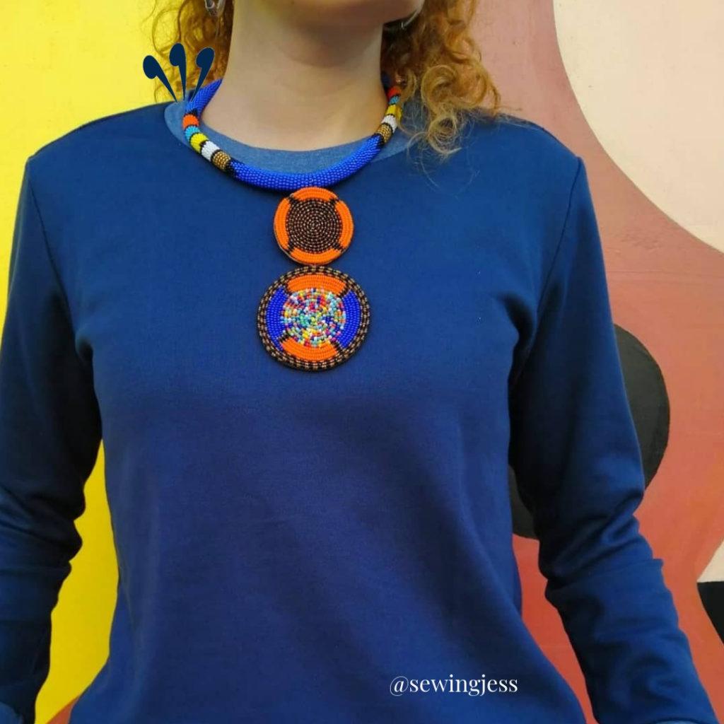 une image du patron de couture femme sur mesure du sweat ou sweatshirt , il est très facile et simple à coudre pour les débutants.